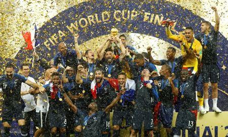 فرانسه در یک فینال پر گل قهرمان جام جهانی فوتبال 2018 روسیه شد