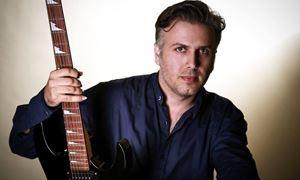 """گفتگو با """"حسام سبزیان  """" نوازنده ،آهنگساز و خواننده ایرانی مقیم استرالیا/ رادیو نشاط...رضا سمامی"""