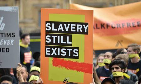 بنیاد میندرو میگوید:سیاست های مهاجرتی استرالیا یکی از دلایل اصلی ترویج برده داری نوین هستند
