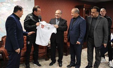هشت مدیر فدراسیون فوتبال ایران بابت قرارداد ویلموتس به دادسرا احضار شدند
