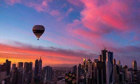 گردشگری استرالیا/ پرواز با بالن بر فراز کلانشهر ملبورن هنگام طلوع خورشید