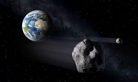 سیارکهای بزرگ یک به یک از کنار زمین عبور میکنند